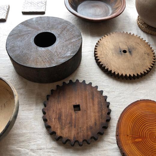 古道具、敷板、敷き台、花台、トリベット、瓶床、木板