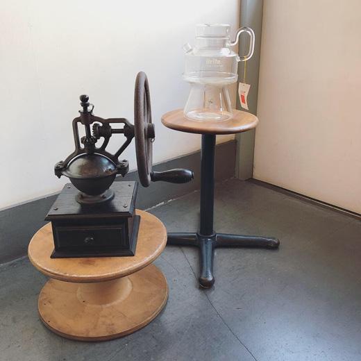 ヴィンテージ、コーヒーグラインダー、コーヒーミル、ハリオ、耐熱ガラス、コーヒーポット、コーヒーウォーマー、モダンデザイン