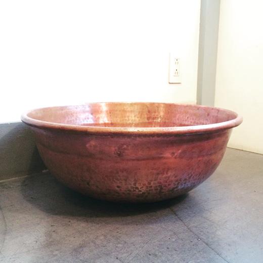 使い込まれた銅さわり鍋、古道具、経年変化、秋色vintage.copperbowl