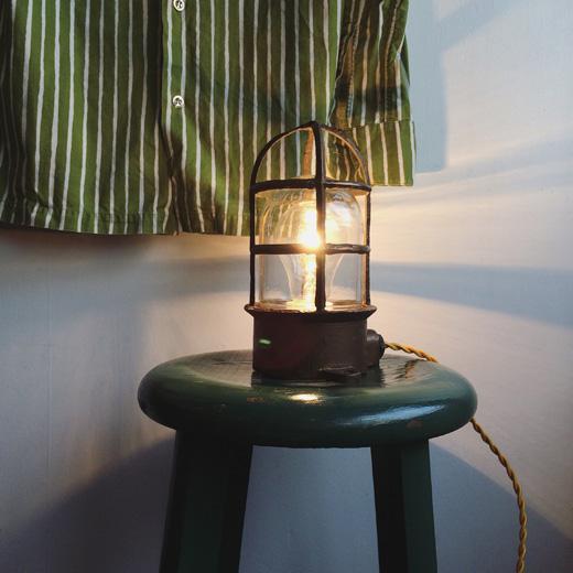マリンランプ、船舶照明、真鍮ランプ、ヴィンテージ照明、モダンインテリア、間接照明