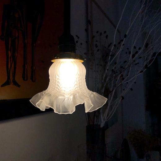 ヴィンテージ照明、ペンダントランプ、ガラスシェード、クラシックデザイン
