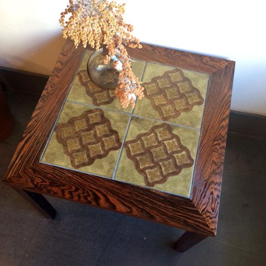 デンマーク製ヴィンテージタイルトップテーブル