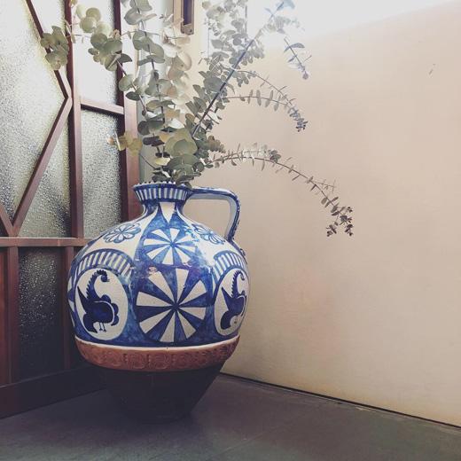 スペイン陶器、ジャグ、ピッチャー、フラワーベース、花瓶、やきもの、ヴィンテージ、クリスマスデコレーション