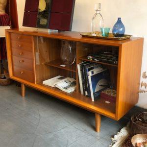 チーク家具、北欧、サイドボード、ヴィンテージ家具、モダン家具、日本製