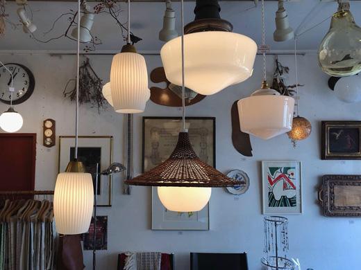 ヴィンテージ照明、乳白ガラスペンダントランプ、竹照明、モダン、和モダン