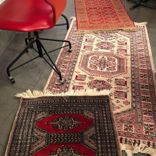 ヴィンテージラグ、絨毯、織物、パキスタン、ベルギー、赤、レッド