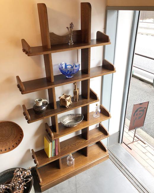 ヴィンテージ家具、ディスプレイシェルフ、ブックシェルフ、クラフト家具、モダン、オーク無垢