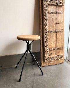 ヴィンテージ家具、スツール、リメイク、古材、鉄脚、ナンセンス下北沢、古道具