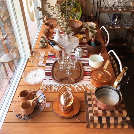ナンセンス下北沢、最新店内情報、テーブルコーディネート、北欧ヴィンテージ食器、フレンチ
